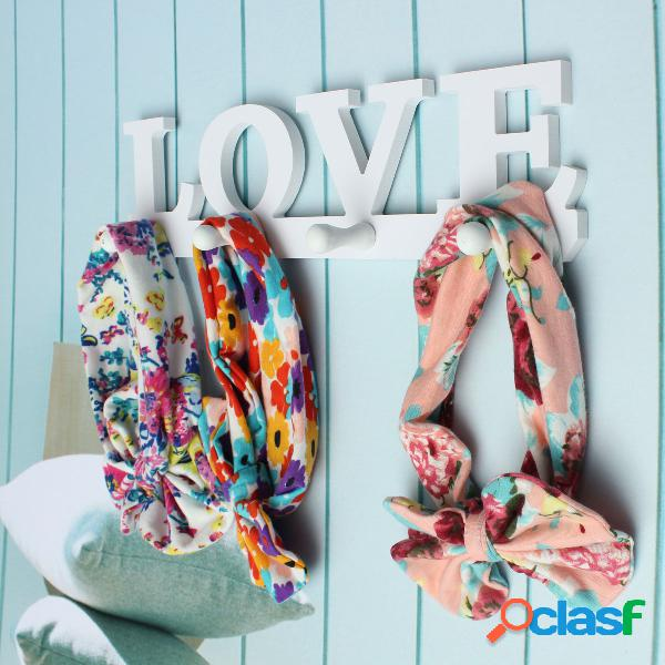 Creative vendimia blanco love soporte para ropa misceláneas percha