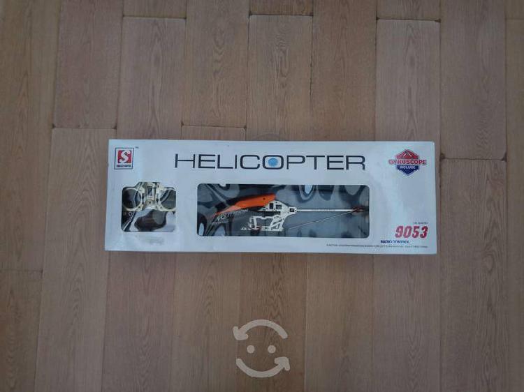 Helicóptero con radio control remoto como nuevo