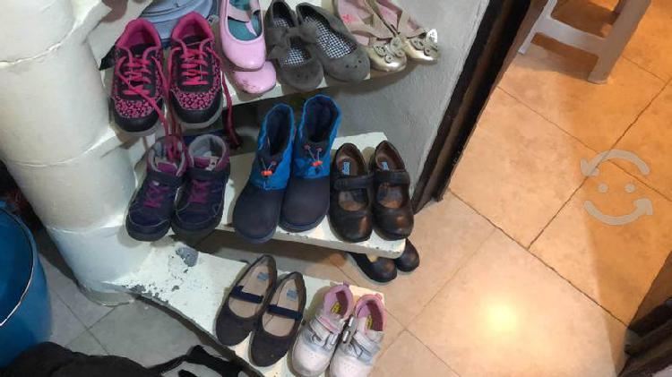 Zapatos y botas para niña