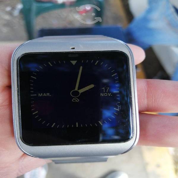 Se vende smart watch sony 3 jalando al 100