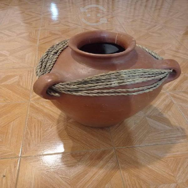 Elegante maceta de cerámica