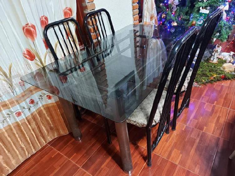 Comedor cristal 4 sillas