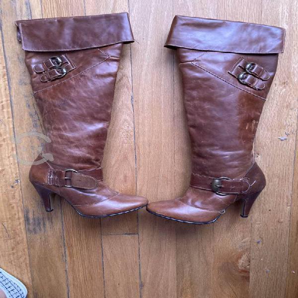 Botas de piel de uso
