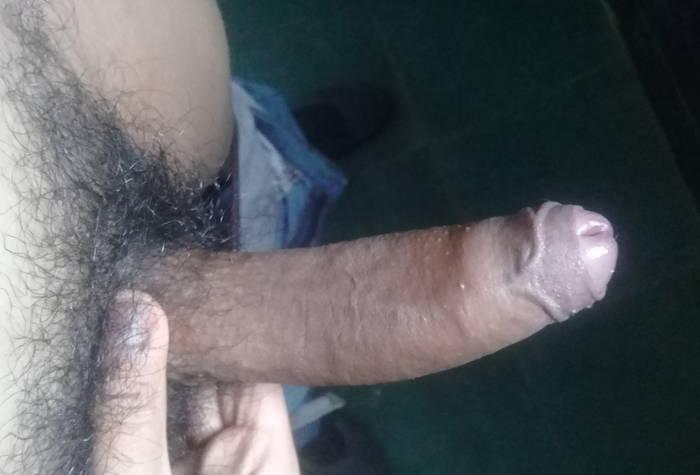 Chico virgen busca sexo sin compromiso