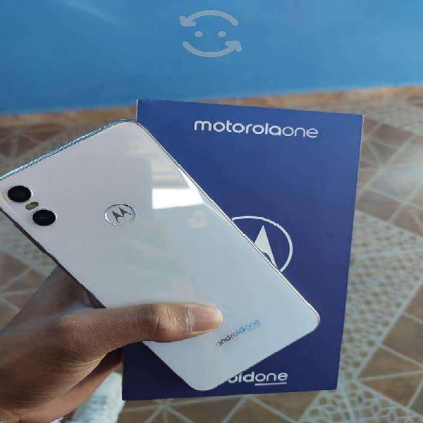 Motorola one blanco estética 10 impecable 4gb 64g