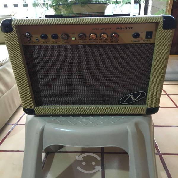 Amplificador para guitarra electrica de 35 watts
