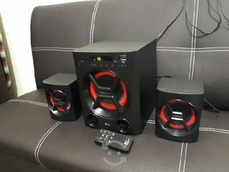 Lg xboom lk72b 2.1 40 watts rms bluetooth nfc caja