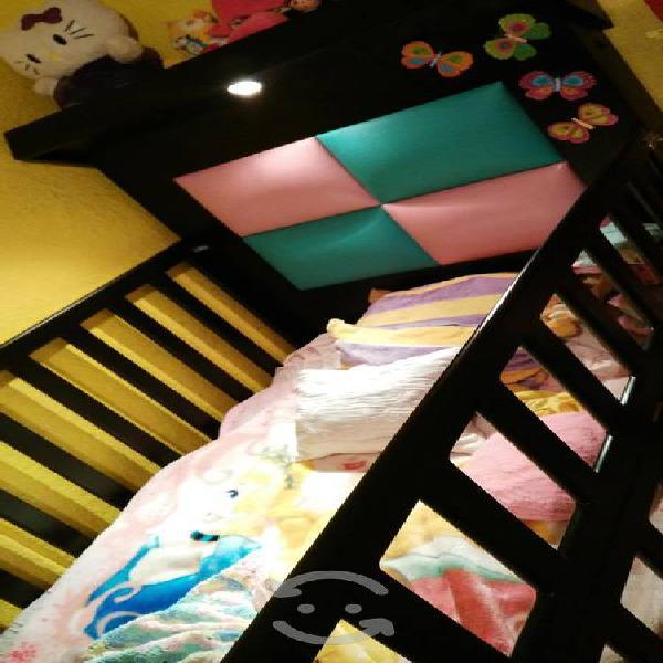 Cama cuna convertible a cama individual con burós