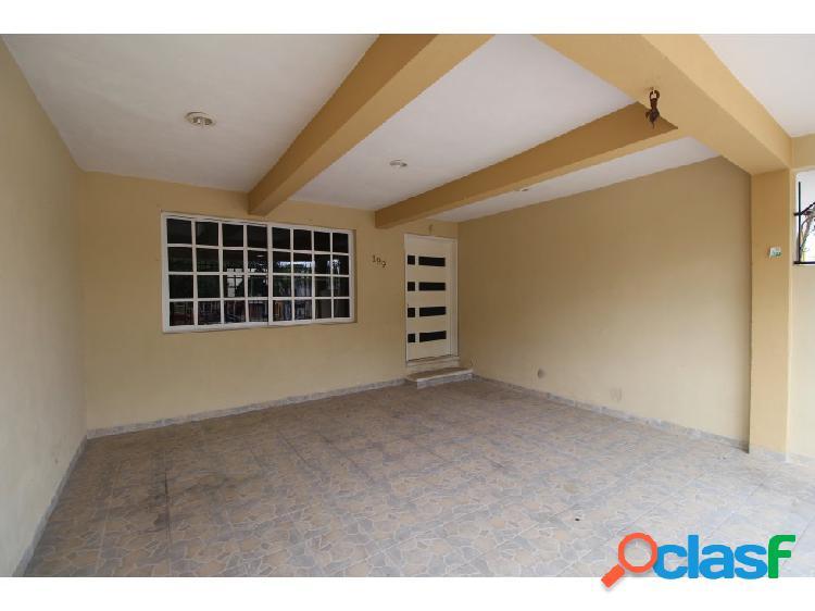 Céntrica casa en venta y renta en Valladolid 3