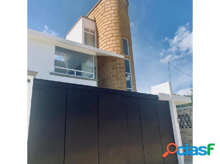Casa nueva en venta con diseño moderno