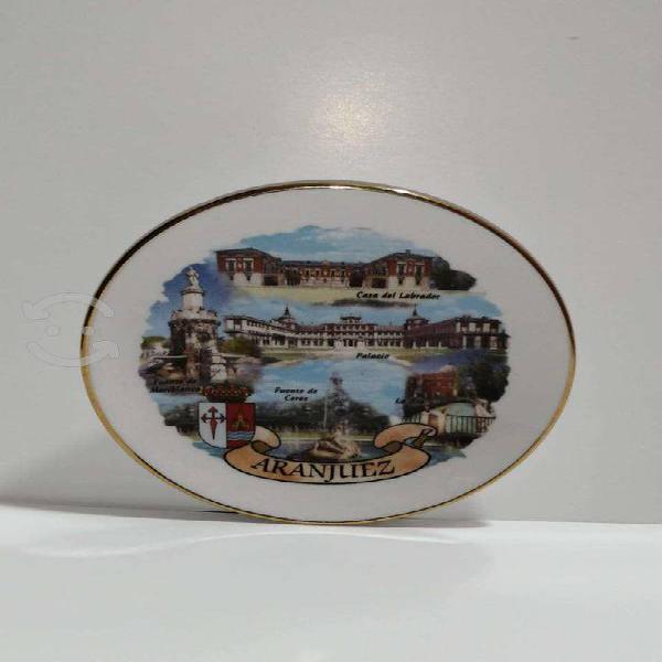 Antiguedades plato decorativo porcelana española