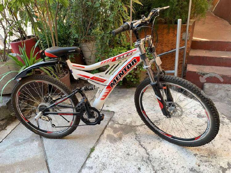 Bicicleta de montaña r28