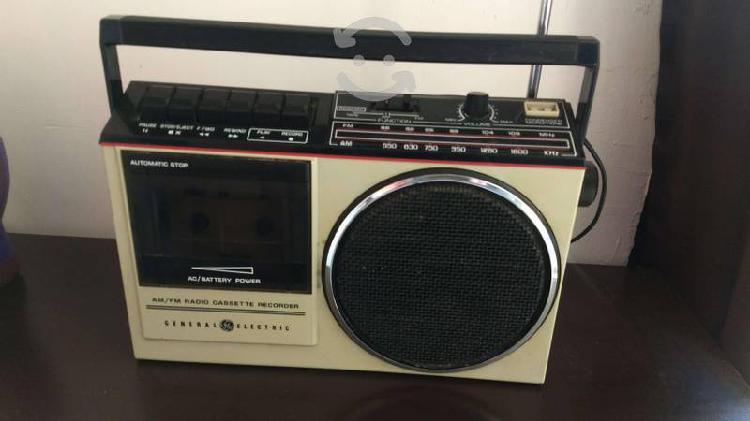 Radio grabadora cassette lg vintage