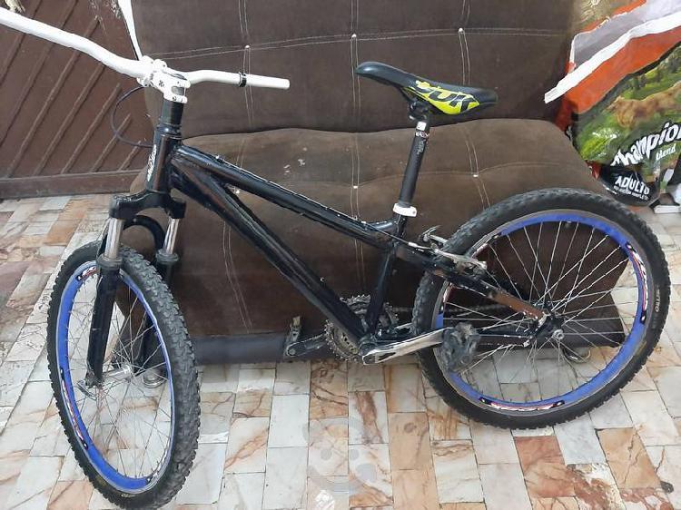 Vendo bicicleta alubike de aluminio rodada 24