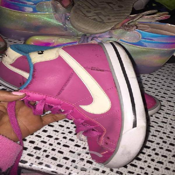 Nike originales de niña en muy buenas condiciones