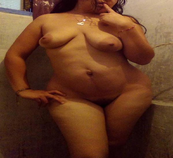 Hermosa mujer casada y sobrina ofrecen sexo bonito