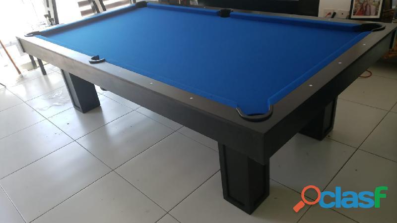 Mesa pool con pizarra de piedra española