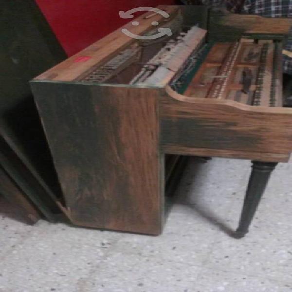 Compro pianos viejos maltratados inservibles
