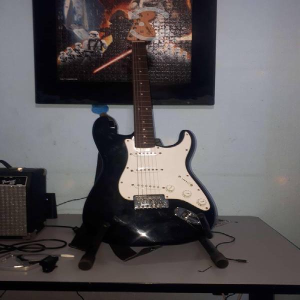 Guitarra squier by fender strat + kit