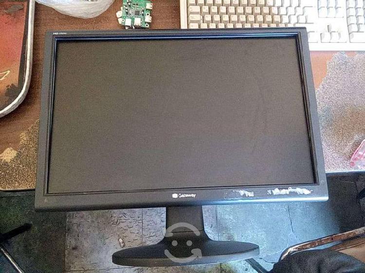 Monitor gateway lp2207 22 pulgadas reparar