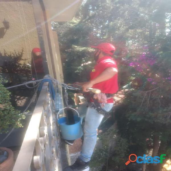 Lavado de ventanas y domos gm