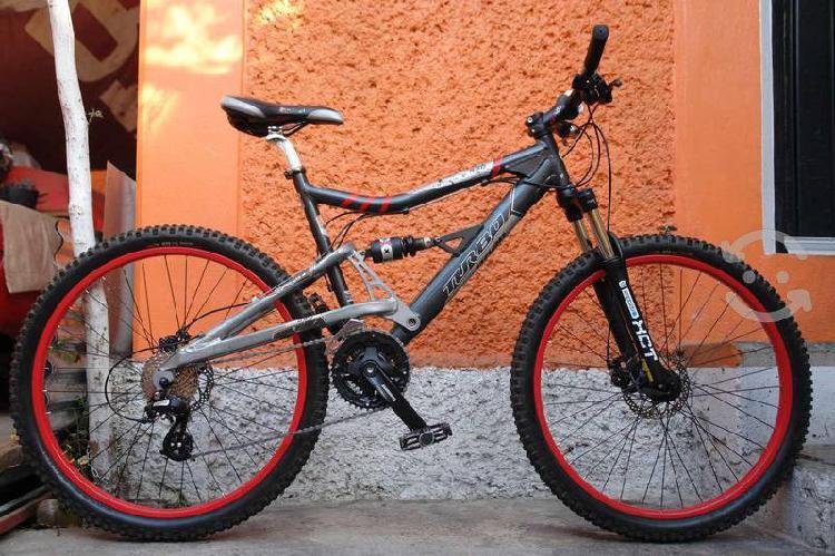 Bicicleta turbo r26 doble suspensión