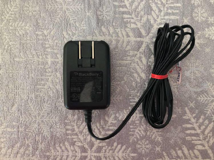 Remato cargador para celular black berry