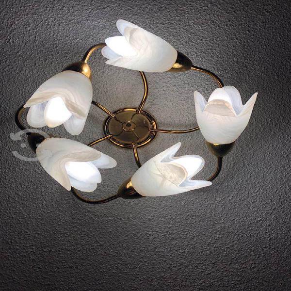 Tres lamparas de techo