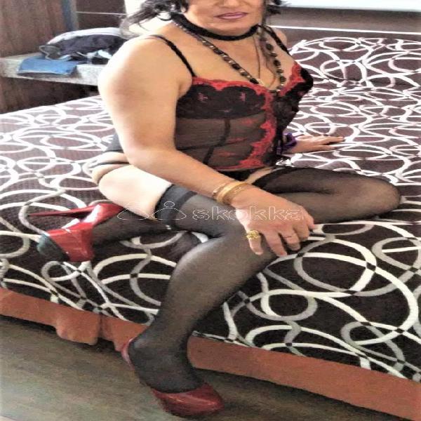 BUSCAS CHICA TRAVESTI COMPLACIENTE