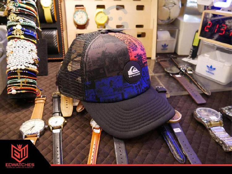 Gorras quicksilver y adidas originales