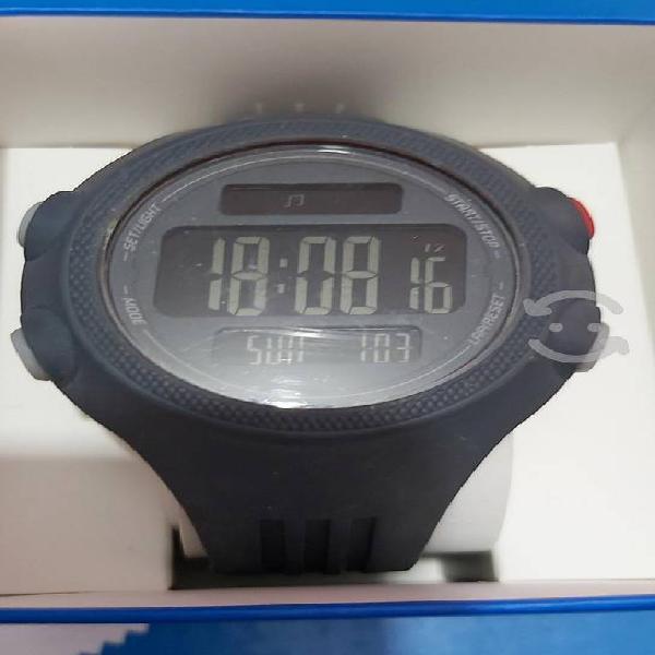 Reloj adidas questra original