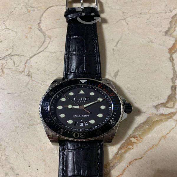 Reloj gucci dive original