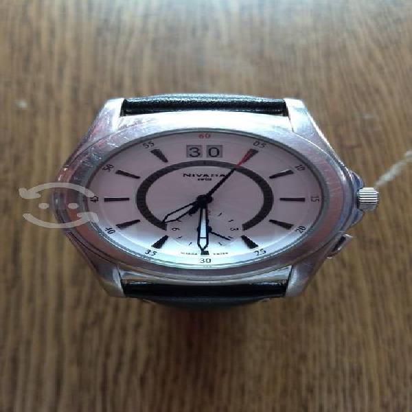 Reloj nivada swiss diplomat original, restaurado.
