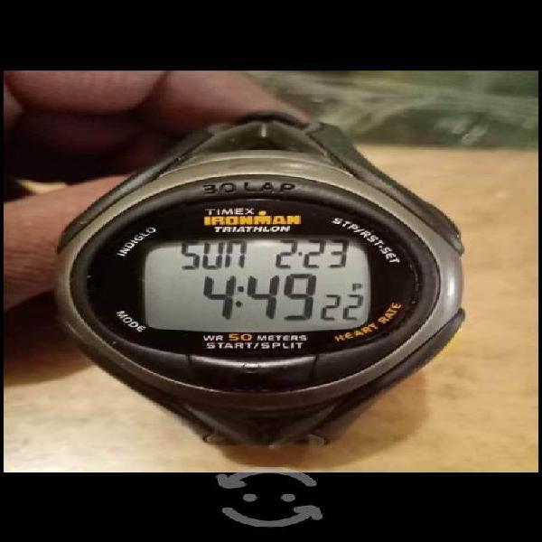 Reloj timex ironman como nuevo solo 2 puestas