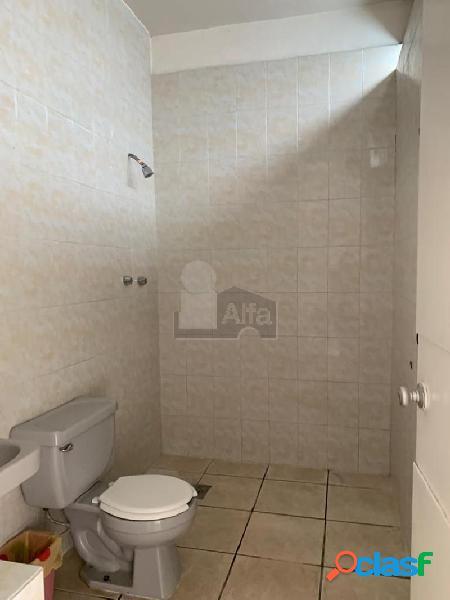 Habitación en Renta con servicios incluidos en Col Andrade comparte baño cerca de Arco de la Calzada 1