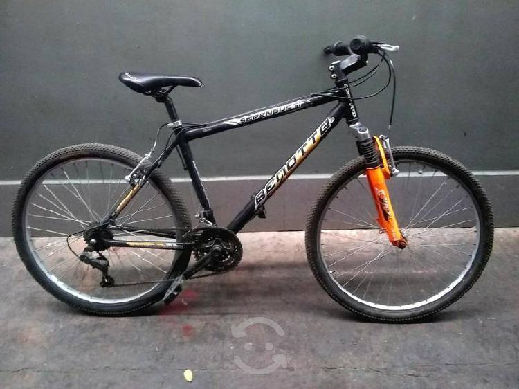 Bicicleta benotto de aluminio de montaña rodada 26