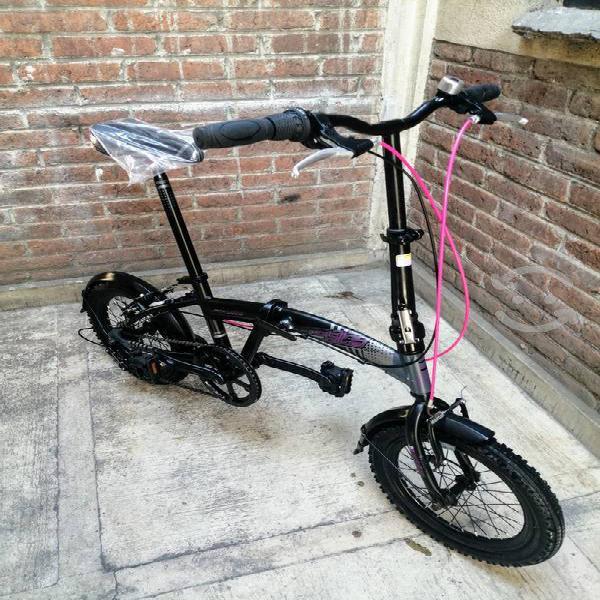 Bicicleta plegable nueva aluminio $ negociable $