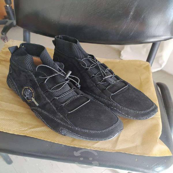 Zapatos de piel nuevos caballero