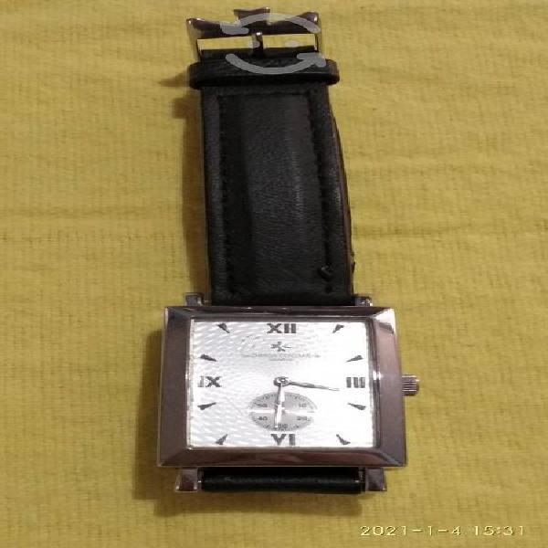 Venta de reloj de cuerda, para caballero.