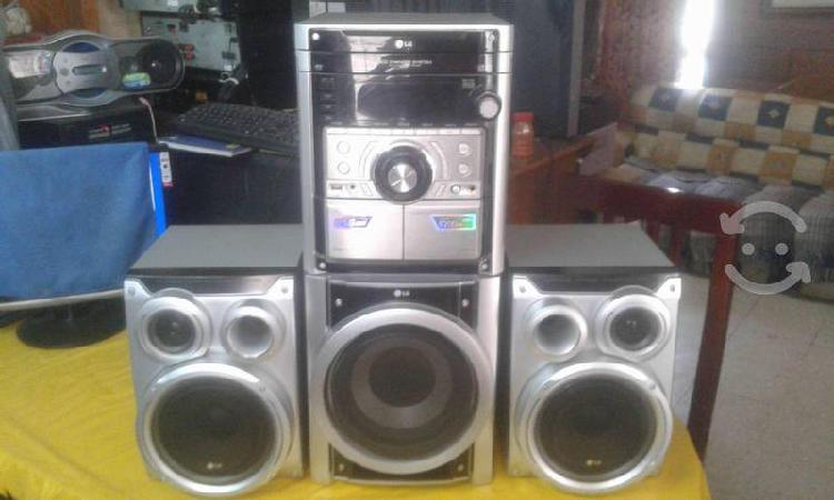 Minicomponente lg 4200w cds mp3 y reproductor usb