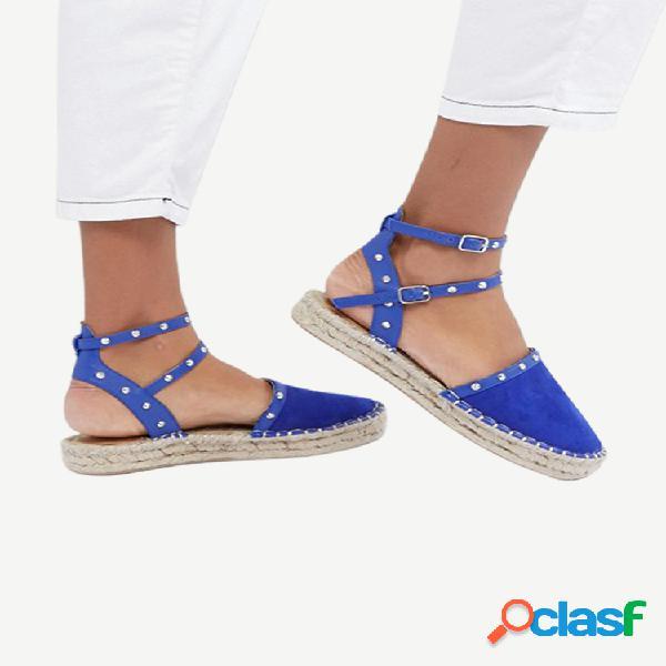 Tamaño grande mujer cómodo calzado con hebilla de remache plataforma cerrada sandalias