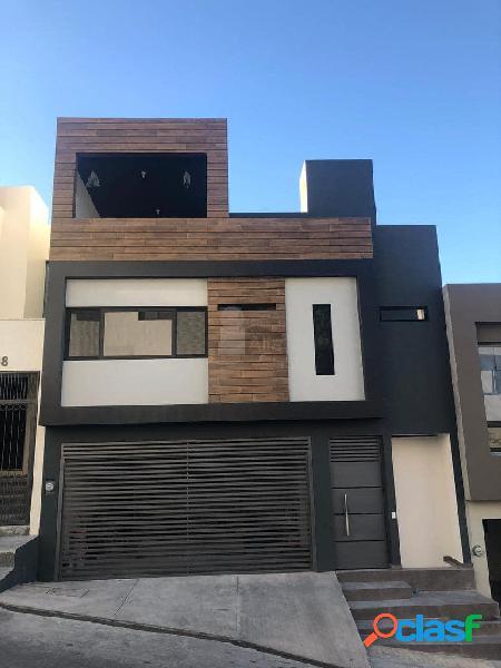 Casa sola en venta en residencial vistalta, monterrey, nuevo león