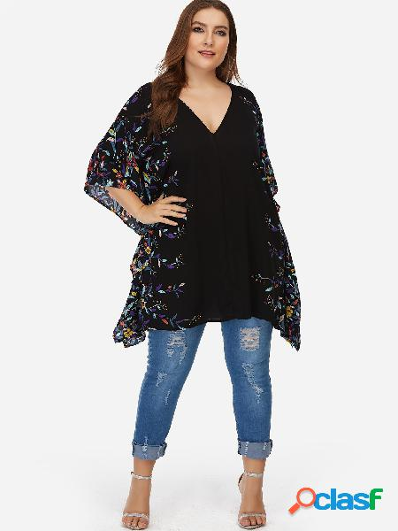 Blusa con mangas de murciélago estampado floral negro