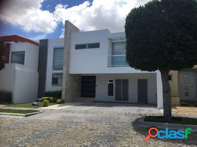 Casa sola residencial en venta en fraccionamiento lomas de angelópolis closster 999, san andrés cholula