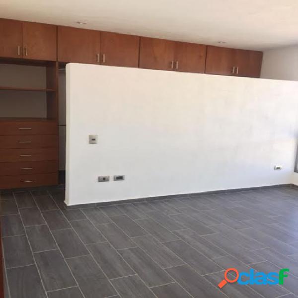 Casa sola en venta en unidad habitacional cuautlancingo, puebla de zaragoza
