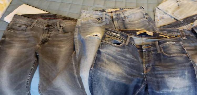 Lote de pantalones mezclilla guess y de vestir