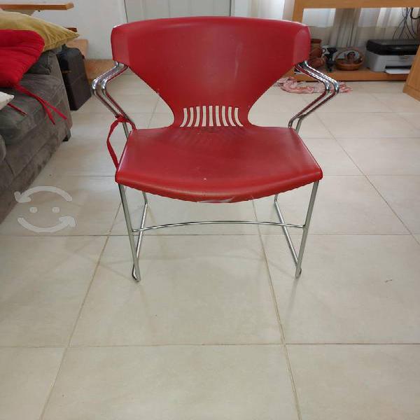 3 sillas plastico/metal
