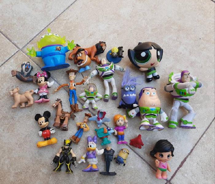 Lote juguetes disney de uso buen estado