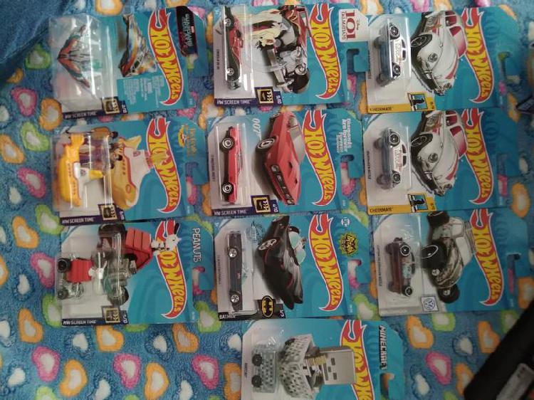 Lote de hot wheels carros de colección