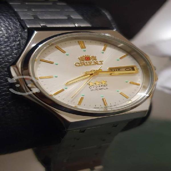 Orient crystal automatico